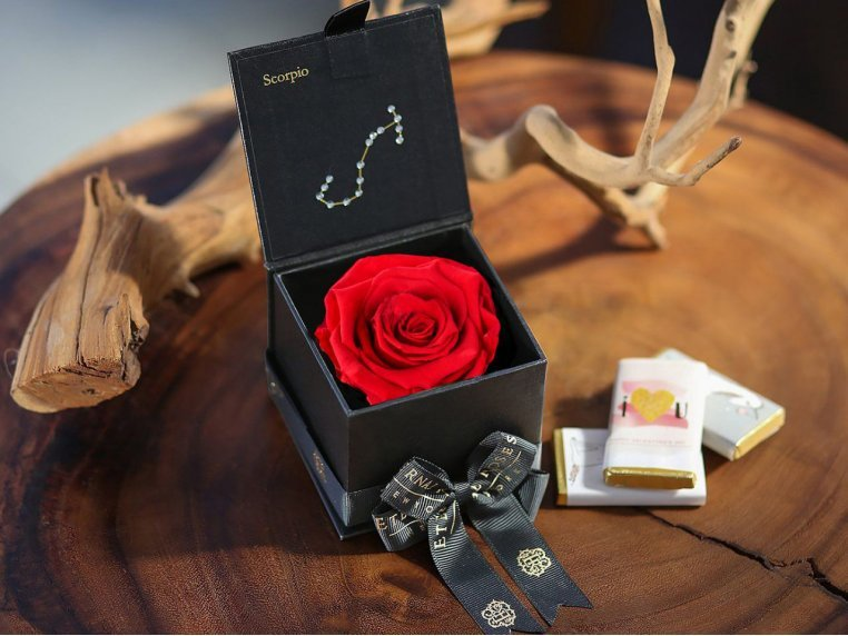 Preserved Rose Zodiac Gift Box by Eternal Roses® - 1
