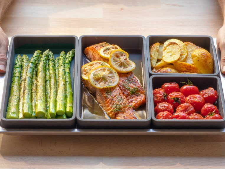 Meal Prep Cooking Sheet Pan Dividers by Prepd - 1