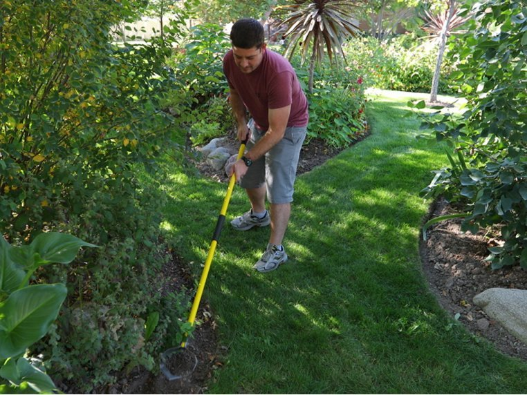 Ergonomic Garden Weed Removal Tool by Skidger - 2