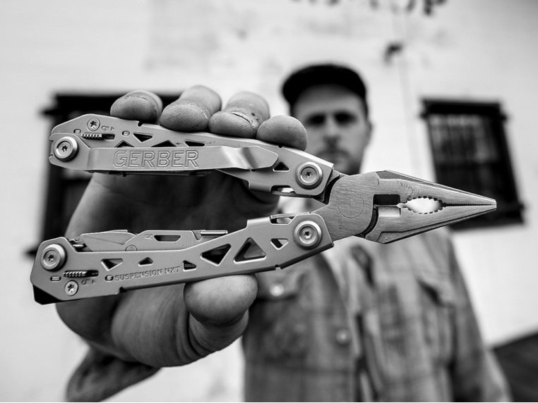 Suspension Multi-Tool - 15 Tool Count by Gerber - 1