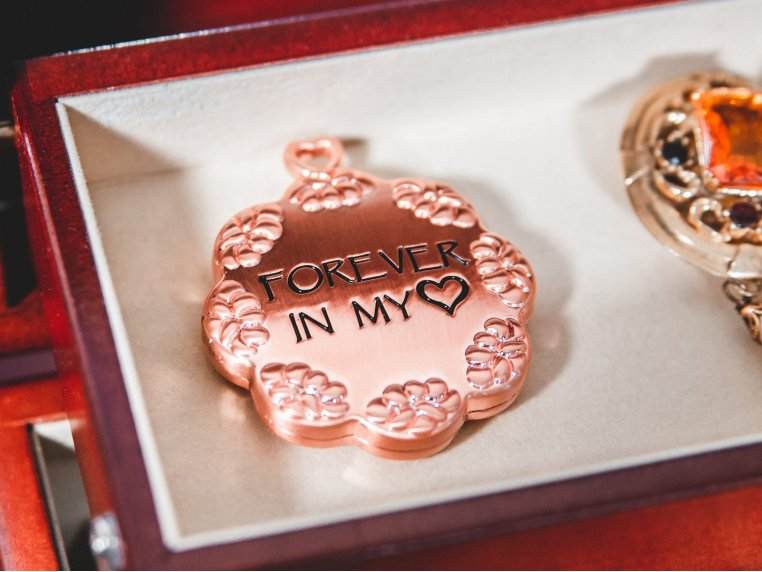 Classic Cloud Letter Locket For Ashes by Eternity Letter - 1