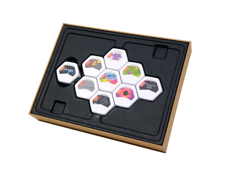 Blinks Game System - Starter Set by Move38 - 2