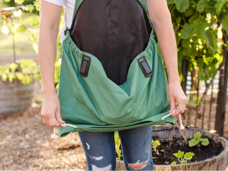 Full Body Gardening Apron with Pockets by Roo Apron - 3