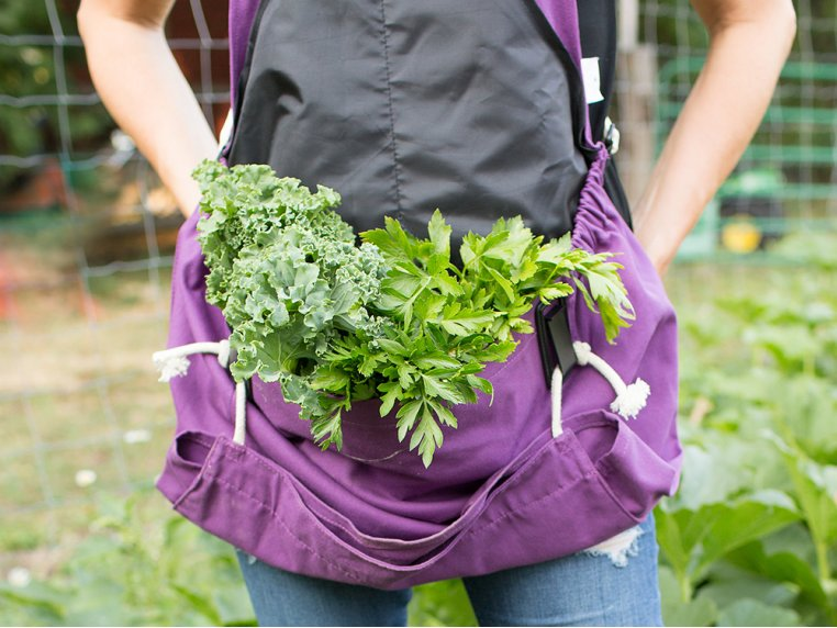 Full Body Gardening Apron with Pockets by Roo Apron - 4