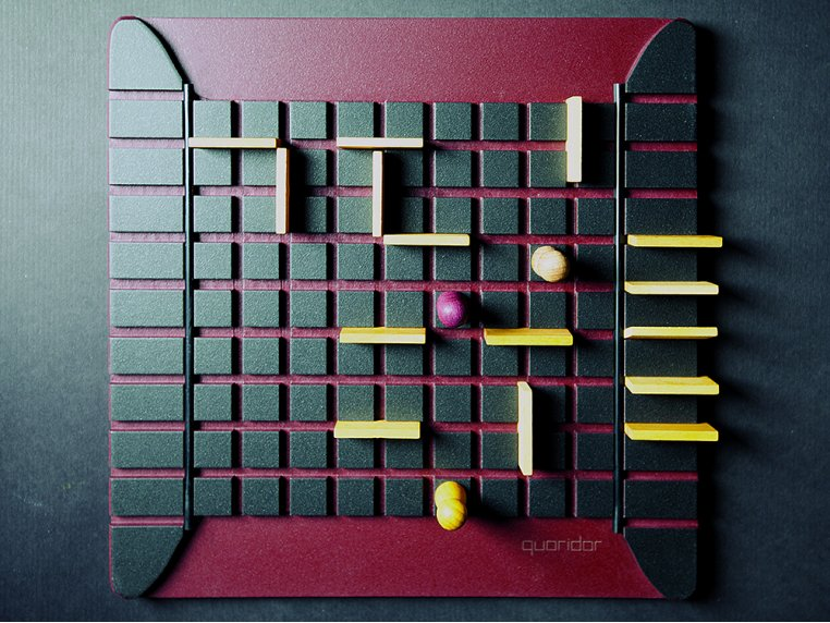 Quoridor Wooden Strategy Game by Gigamic - 1