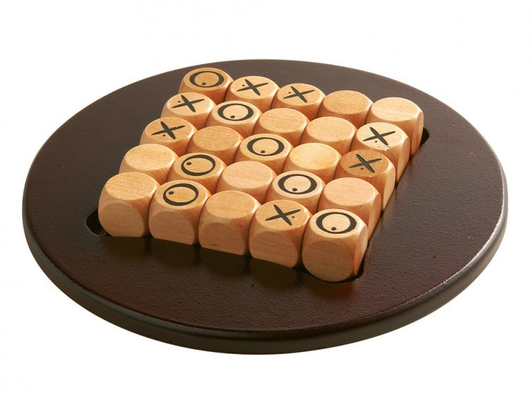 Quixo Wooden Strategy Board Game by Gigamic - 3