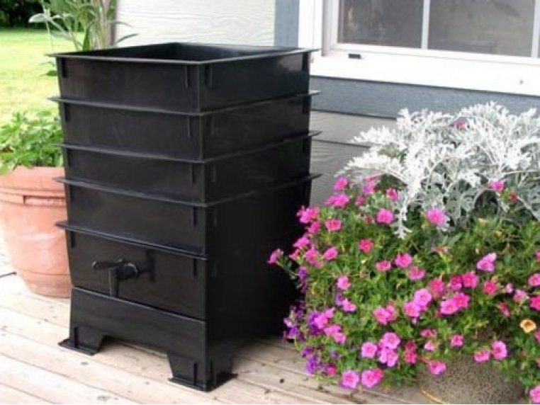 Worm Composting System