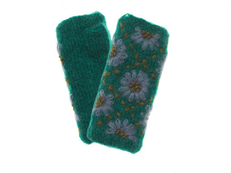 Daisy Handwarmers by French Knot - 1