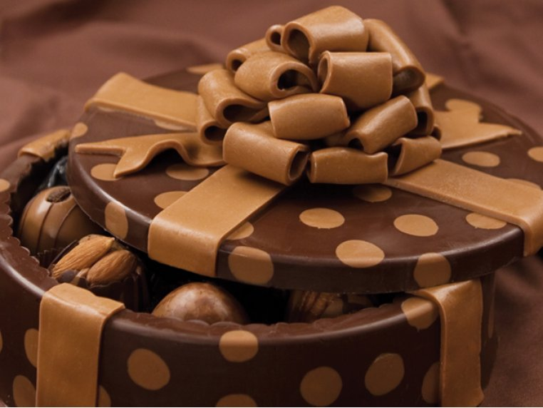 Chocolate Art Box (Truffle-Filled) by DeBrand Chocolates - 3