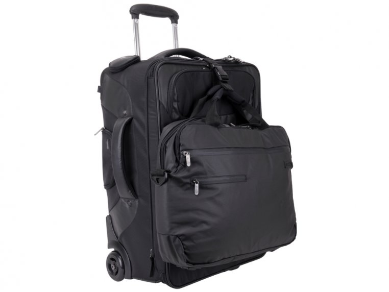 "22"" Carry On by Genius Pack - 4"