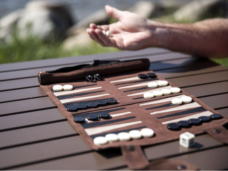Roll-Up Travel Backgammon by Sondergut - 1