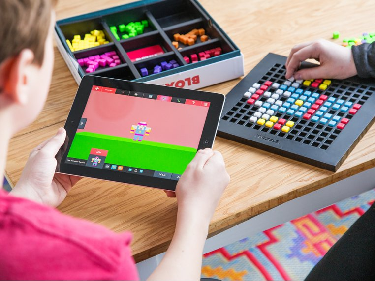 Video Game Creation Platform by Bloxels - 2