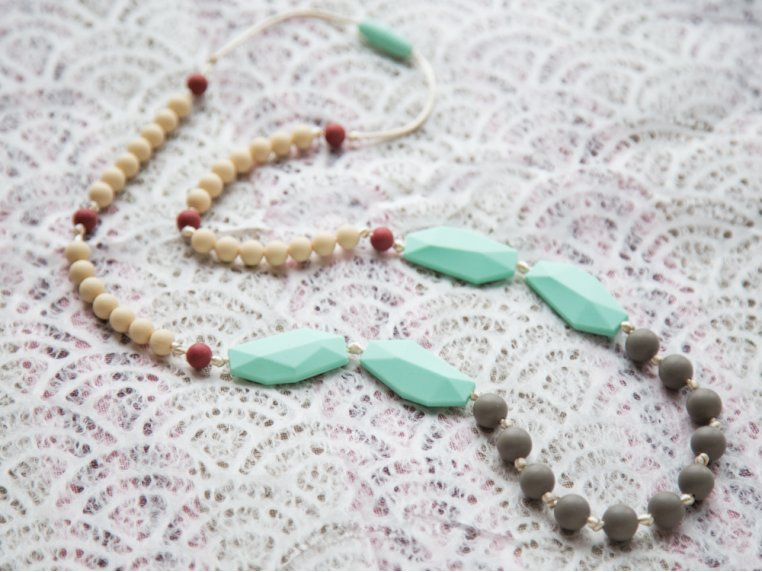 Frida Silicone Teething Necklace by Mama & Little - 4