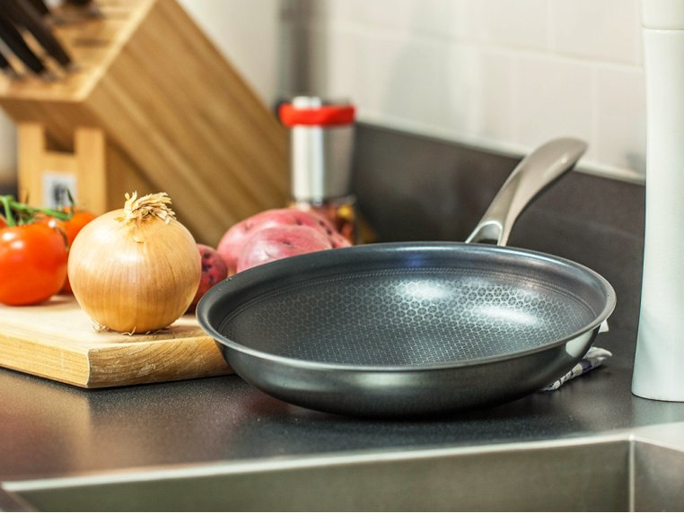 Non-Stick Fry Pans by Black Cube - 3