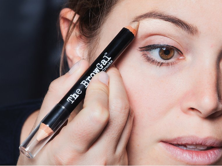 Eyebrow Highlighter Pencil by The BrowGal - 1