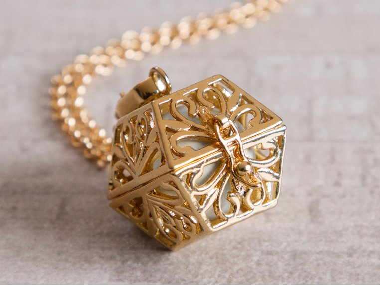 Angel Locket Box by Yourself Expression - 1