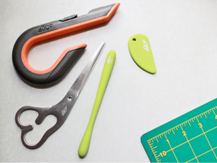 Ideal Cutting and Crafting Set by Slice - 1