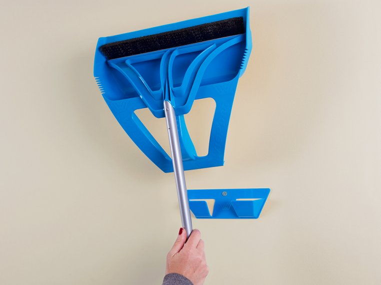 One-Handed Broom and Dustpan Set by WISP | The Grommet®