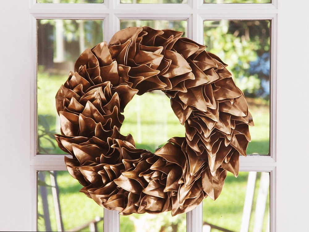 Lacquered Magnolia Leaf Wreath