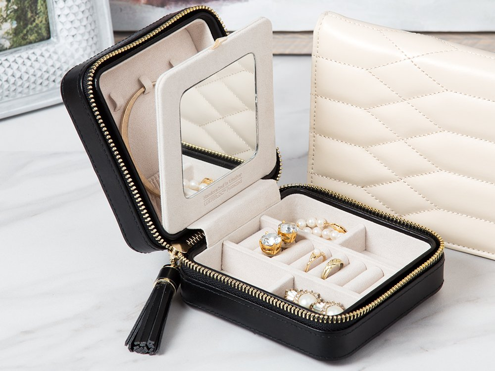Quilted Jewelry Travel Case