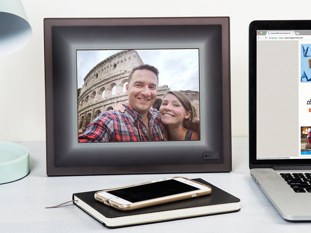 Smart Connected Picture Frame