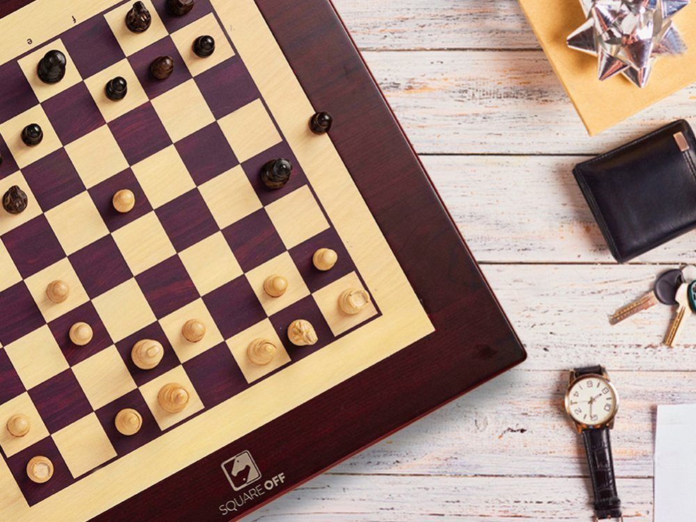 Automated Electronic Chess Board