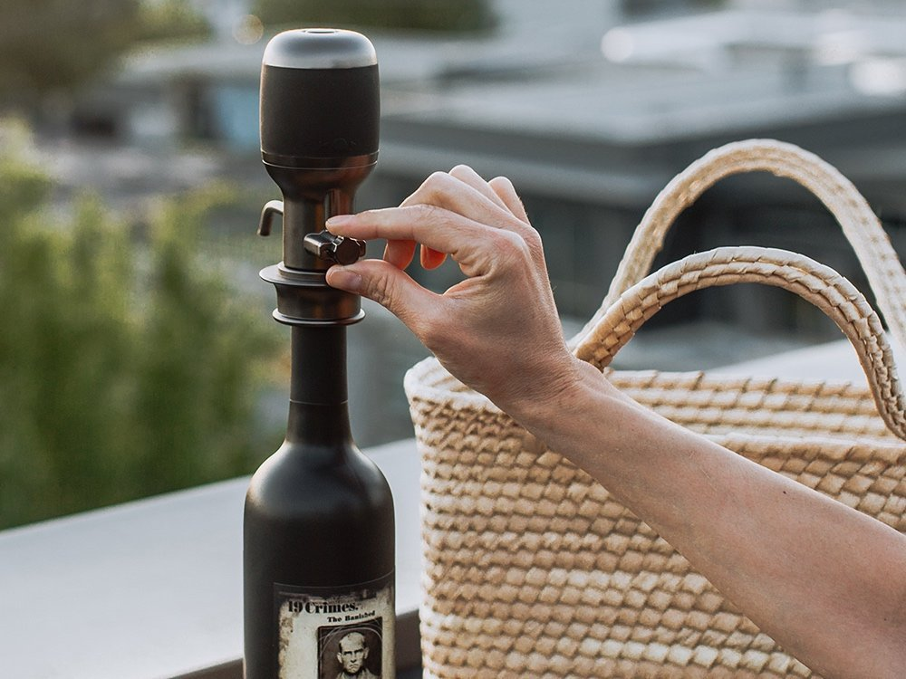 One-Touch Electric Wine Aerator