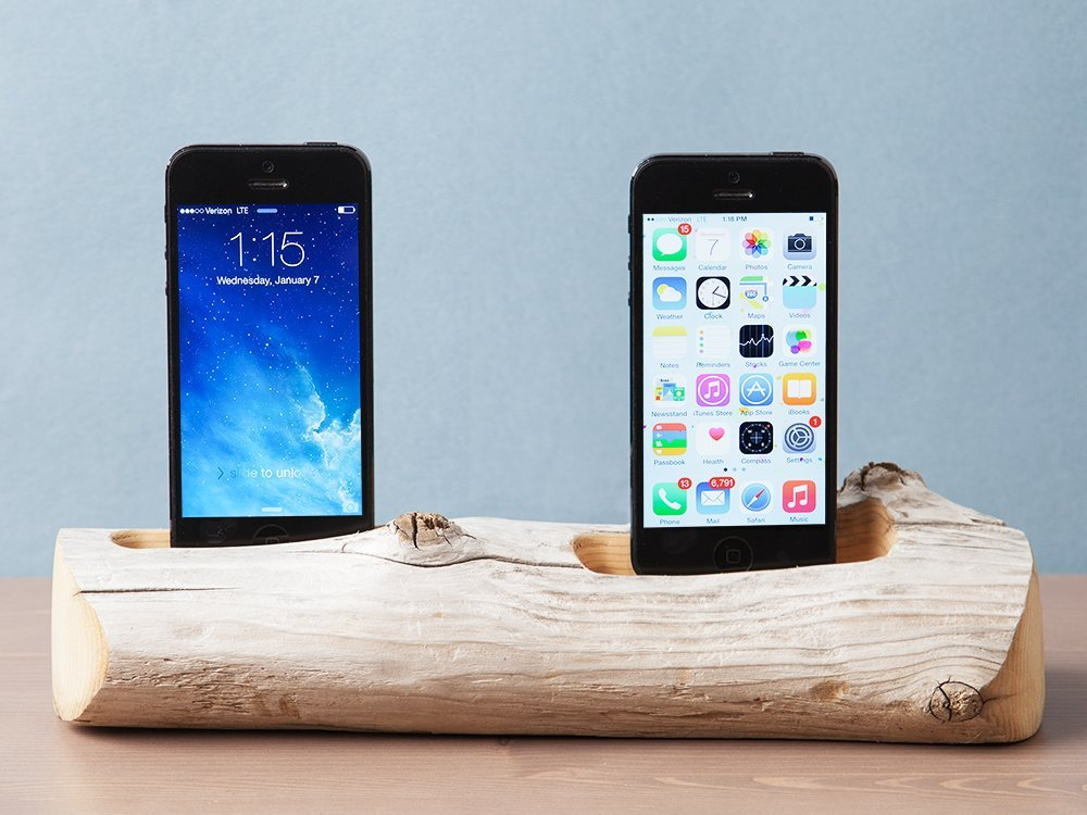 2 Phone Driftwood Charging Dock